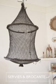 Lamp gemaakt van visfuik