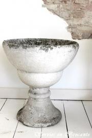 Prachtige vaas/ Wonderful Vase Sold