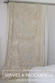 Curtain LGV4