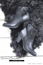Leervrij schapenvacht zwart/ Leather free sheepfur black
