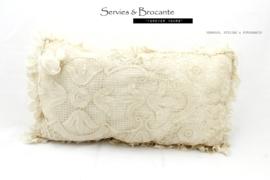 Prachtig kussen rechthoekig/ Wonderful pillow SOLD