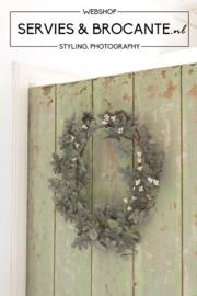Zinc wreath