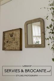 Frans spiegeltje sold
