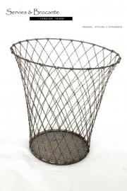 IJzerkleurige draadmand/ Grey basket SOLD