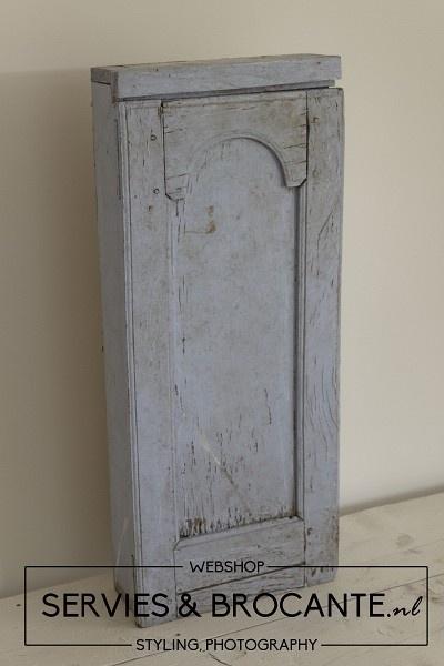 Frans blauw Kastje/ Kistje Sold