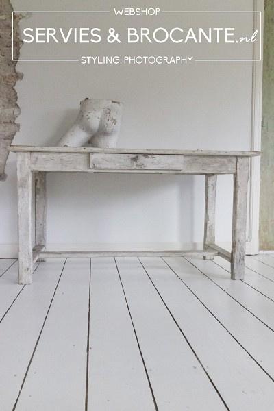 Prachtige tafel Sold