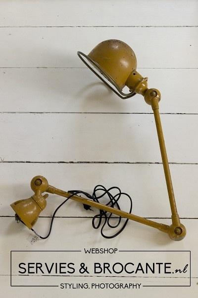 Okergele Jielde lamp Sold