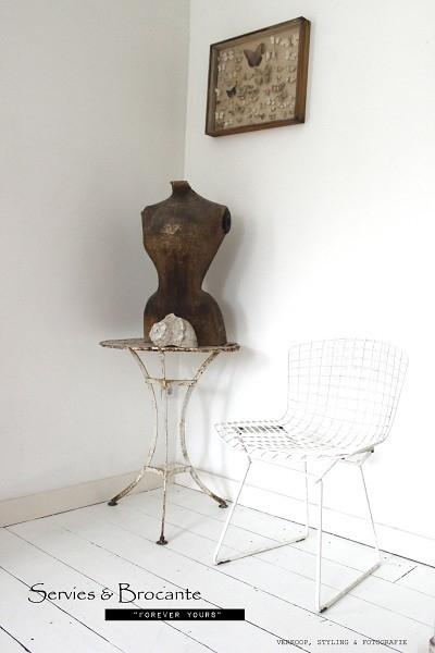 Prachtig tafeltje/ Table Sold