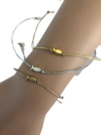 Armband met een geluksvisje goud