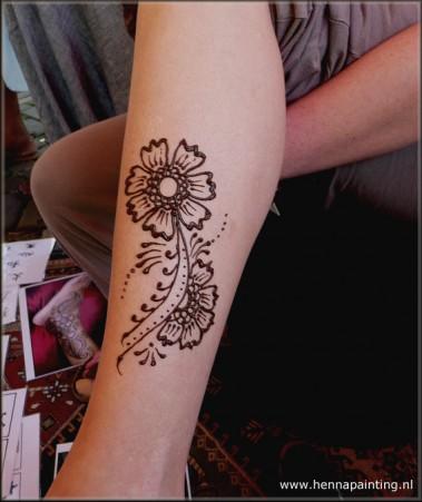 Henna bloemen