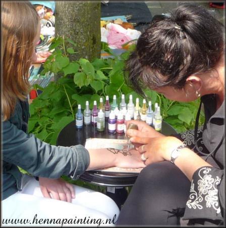 HennaPainting