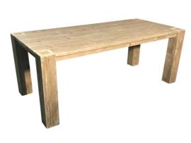 Tafel gemaakt van oud steigerhout  afm L200xB80cm (voorraad magazijn artikel)
