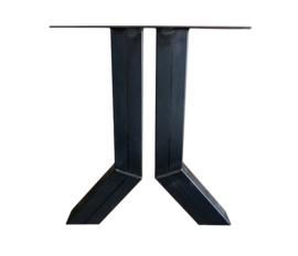 Stalen tafel onderstel model J koker 10x10cm (STRIP)