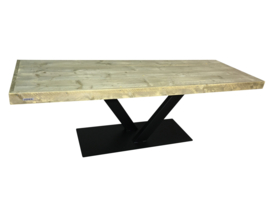 Tafel oude steigerplanken en stalen V onderstel smal (EOMH)