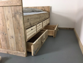 Bed oud steigerhout Stockholm (clbh)