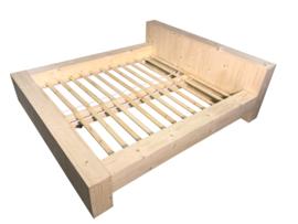 Tweepersoonsbed steigerhout blok bed (BLN)