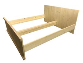Tweepersoonsbed van nieuw steigerhout afm: L200xB140cm (voorraad magazijn artikel)
