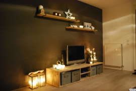 Tv meubel van oud steigerhout met open vakken