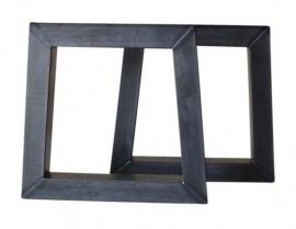 """Stalen tafel onderstel model """"trapezium"""" koker 10x10cm"""