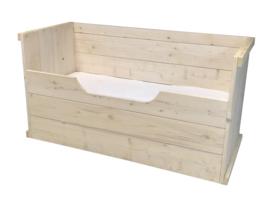 Juniorbedbank van nieuw steigerhout whitewash: L160xB70cm (voorraad magazijn artikel)