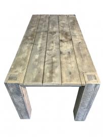 Tafel oud steigerhout blok poten door blad heen (PDB)