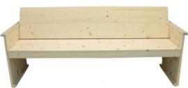 Bank met schuine rugleuning van nieuw steigerhout geschuurd