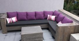 Lounge hoekbank gemaakt van steigerhout met blackwash behandeld (lhb)