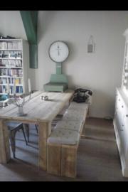 Tafel oud steigerhout poten onder blad (POB)
