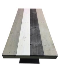 Industriële tafel met een 3 kleuren wash steigerplanken blad en stalen V onderstel koker 120x60 (EOMH)