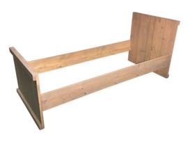 Bed van nieuw steigerhout met een zandkleur L200xB70cm (voorraad magazijn artikel)