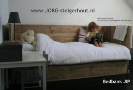 Bedbank model JIP gemaakt van oud of nieuw steigerhout (JP)