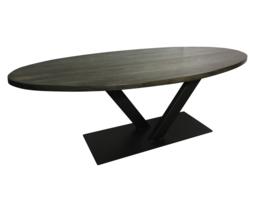 Eiken ovale tafel 4cm dik blackwash blad V onderstel smal afm: 300x100cm (voorraad magazijn artikel)