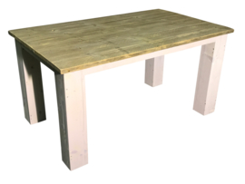 Tafel blokpoten onder het blad oud steigerhout afm: L150xB90cm (voorraad koopjeshoek)