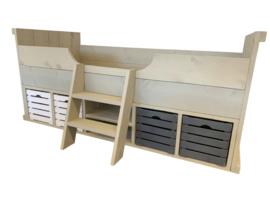 Bed steigerhout Sanne fruitkisten wit en grijs met trapje zand kleur