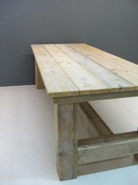 Kloostertafel van oud steigerhout (KLTO)