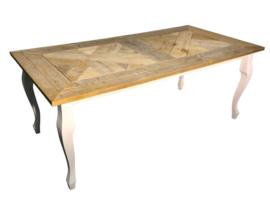 Tafel gemaakt met een blad van mozaiek oud steigerhout afm: L180xB90xH78cm (voorraad magazijn artikel)