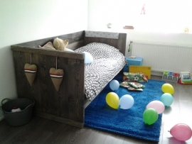 Bedbank JIP steigerhout black wash (PBL)