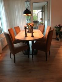Eiken ovale tafel 4cm dik blad en stalen V onderstel (recht/rond)