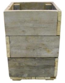 Bloembak / Plantenbak van oud steigerhout afm: L40xB40xH65cm (voorraad magazijn artikel)