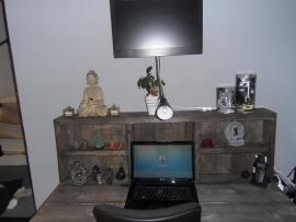 Jarno van der Geest, - Bed en Bureau in Black Wash