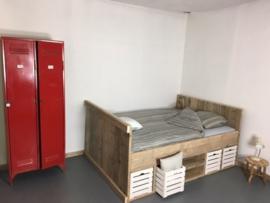 tweepersoons bed oud steigerhout Oslo (clbh)