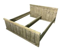 Bed van oud steigerhout : L200xB180cm met 2 nachtplankjes (voorraad magazijn artikel)