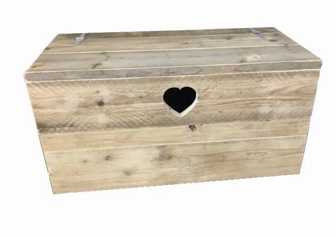 Speelgoedkist Rianne van steigerhout