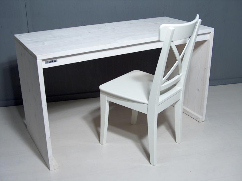 Bureautafel van nieuw steigerhout met een whitewash afm: L180x70xH76cm (voorraad magazijn artikel)