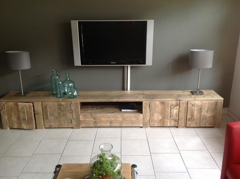 Tv Meubel Van Oud Steigerhout Met 4 Deuren En Open Vak Tv