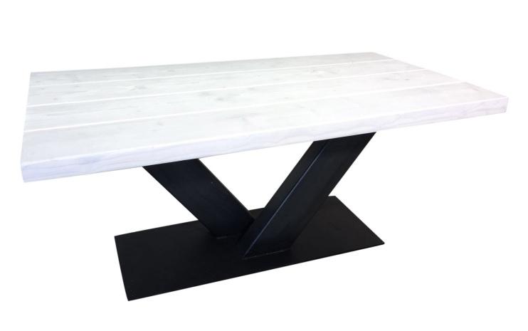 Industriële tafel met stalen V onderstel blad 7x24,5cm balken met wash behandeld (RECHT)
