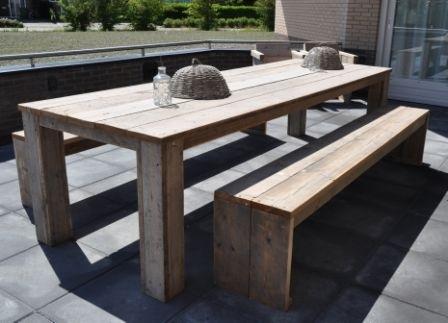 Tafel complete set incl. 2 banken van steigerhout blokpoten onder blad  ( SET)