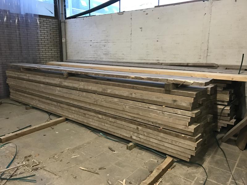 Oude dikke steigerplanken 5cm dik B kwaliteit ongeschuurd prijs per meter