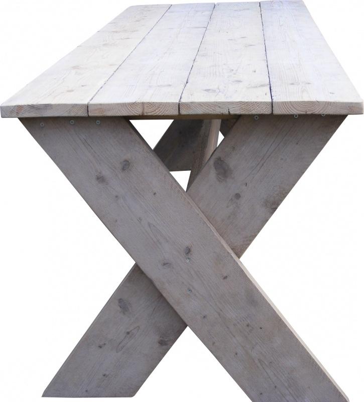Steigerhouten tafel met kruispoot van steigerhout