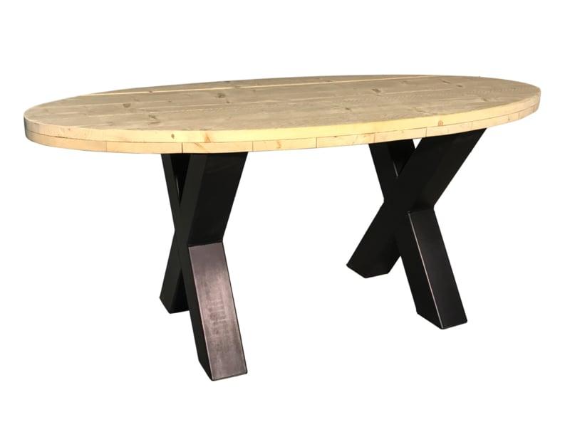 Industriële tafel stalen X onderstel met een oud steigerhouten ovaal blad *geimpregneerd afm: L235xB95xH78cm (voorraad magazijn artikel)